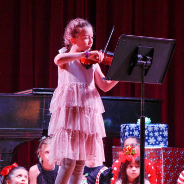 Violin Classes in Miami Create Stellar Students!